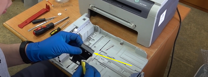 чистка тормозной площадки Samsung SCX-4200 8